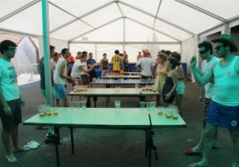Fetes 2012 – beer pong 003